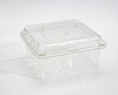 750 gm strawberry container with  connected lid | SN: 636328